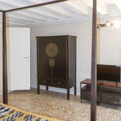 Отель Venice San Marco Suite Италия, Венеция - отзывы, цены и фото номеров - забронировать отель Venice San Marco Suite онлайн интерьер отеля