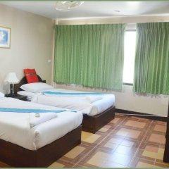 Отель Gold Coast Inn комната для гостей фото 5