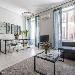 Отель Apartamento Plaza de Cibeles Испания, Мадрид - отзывы, цены и фото номеров - забронировать отель Apartamento Plaza de Cibeles онлайн комната для гостей фото 5