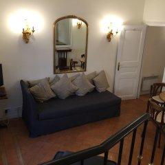 Апартаменты Mithouard Apartment комната для гостей фото 8