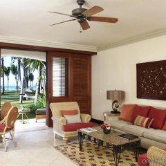 Отель La Pirogue A Sun Resort комната для гостей фото 3