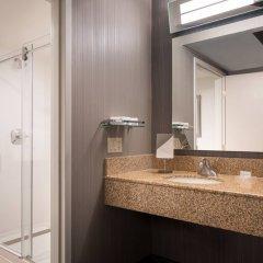 Отель Courtyard Milpitas Silicon Valley ванная