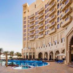 Отель The Ajman Palace бассейн фото 2