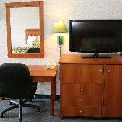 Magnuson Hotel Howell/Brighton удобства в номере фото 2