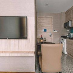 Отель Adelphi Suites Bangkok в номере фото 2