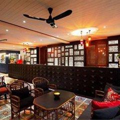 Отель Baan Chart гостиничный бар