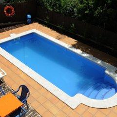 Отель Apartaments AR Caribe Испания, Льорет-де-Мар - отзывы, цены и фото номеров - забронировать отель Apartaments AR Caribe онлайн бассейн фото 2