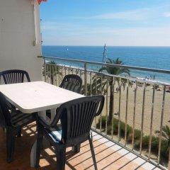 Отель Calafell Beach балкон