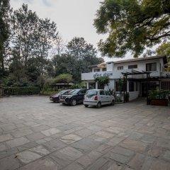 Отель Summit Hotel Непал, Лалитпур - отзывы, цены и фото номеров - забронировать отель Summit Hotel онлайн парковка