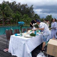 Отель Lawana Escape Beach Resort фото 2