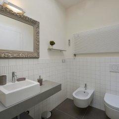 Отель Piazza Maggiore Penthouse Италия, Болонья - отзывы, цены и фото номеров - забронировать отель Piazza Maggiore Penthouse онлайн ванная фото 2
