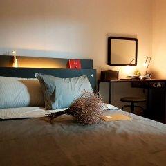 Отель Takustay Sinchon сейф в номере