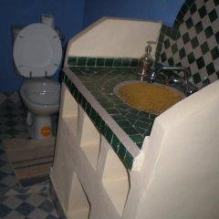 Отель Riad Aicha Марокко, Мерзуга - отзывы, цены и фото номеров - забронировать отель Riad Aicha онлайн ванная