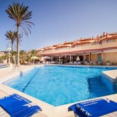 Отель Esmeralda Maris бассейн
