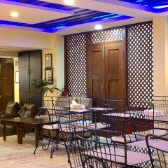 Отель Backyard Hotel Непал, Катманду - отзывы, цены и фото номеров - забронировать отель Backyard Hotel онлайн питание