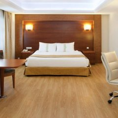 Holiday Inn Istanbul City Турция, Стамбул - отзывы, цены и фото номеров - забронировать отель Holiday Inn Istanbul City онлайн сейф в номере