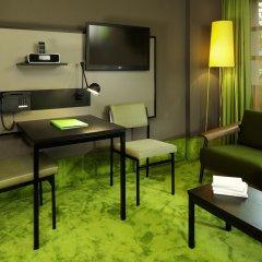 25hours Hotel The Goldman интерьер отеля фото 2