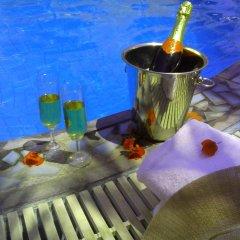 Отель Kafouros Hotel Греция, Остров Санторини - отзывы, цены и фото номеров - забронировать отель Kafouros Hotel онлайн гостиничный бар