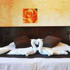 Отель Bed and Breakfast Giardini di Marzo Лечче сейф в номере