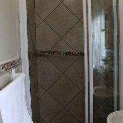Отель Outeniquabosch Lodge ванная фото 2