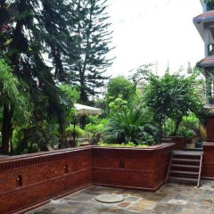 Отель Ganesh Himal Непал, Катманду - отзывы, цены и фото номеров - забронировать отель Ganesh Himal онлайн балкон