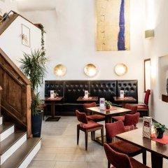 Hotel Restaurant Lilie Випитено интерьер отеля фото 3