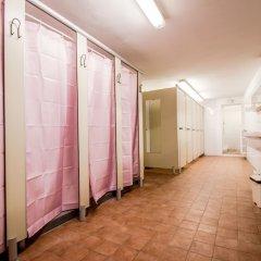 Отель Hostel Santa Monaca Италия, Флоренция - отзывы, цены и фото номеров - забронировать отель Hostel Santa Monaca онлайн спортивное сооружение