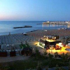 Hotel Savini Римини пляж фото 2