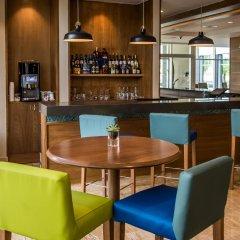 Отель Hampton by Hilton Santo Domingo Airport гостиничный бар