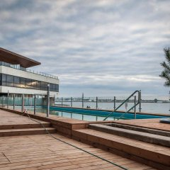 Апартаменты Pirita Beach & SPA Таллин бассейн