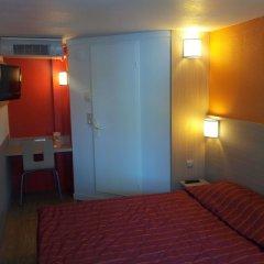 Отель Premiere Classe Lyon Est - Aéroport Saint Exupéry удобства в номере фото 3