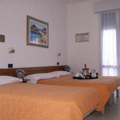 Отель Atlantic Италия, Римини - отзывы, цены и фото номеров - забронировать отель Atlantic онлайн комната для гостей фото 5