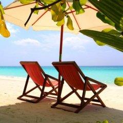 Отель Evexia Beach Collection Laamu пляж