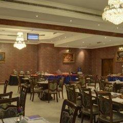 Отель Moon Valley Hotel apartments ОАЭ, Дубай - отзывы, цены и фото номеров - забронировать отель Moon Valley Hotel apartments онлайн гостиничный бар