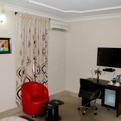 Отель Primal Hotel Нигерия, Лагос - отзывы, цены и фото номеров - забронировать отель Primal Hotel онлайн удобства в номере фото 2