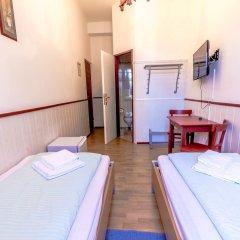 Отель Pension Hargita Австрия, Вена - отзывы, цены и фото номеров - забронировать отель Pension Hargita онлайн комната для гостей фото 2