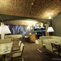 Отель Pure White Прага гостиничный бар