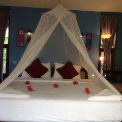 Отель Anyavee Railay Resort сейф в номере