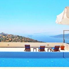 Villa Sea View by Villa Buketi Турция, Калкан - отзывы, цены и фото номеров - забронировать отель Villa Sea View by Villa Buketi онлайн бассейн фото 3
