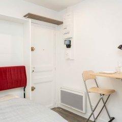 Отель Petit Cocon au Cœur des Invalides D02 Франция, Париж - отзывы, цены и фото номеров - забронировать отель Petit Cocon au Cœur des Invalides D02 онлайн сейф в номере