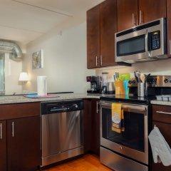 Апартаменты Capitol Hill Fully Furnished Apartments, Sleeps 5-6 Guests Вашингтон в номере фото 2