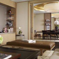 Отель The Ritz-Carlton, Millenia Singapore интерьер отеля фото 2