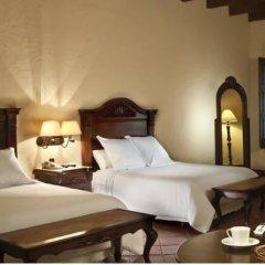 Отель Fiesta Americana Hacienda San Antonio El Puente Cuernavaca Ксочитепек сейф в номере