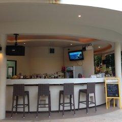 Отель TSE Residence by Samui Emerald Condominiums Таиланд, Самуи - отзывы, цены и фото номеров - забронировать отель TSE Residence by Samui Emerald Condominiums онлайн гостиничный бар