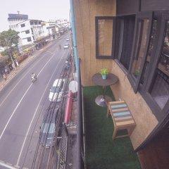 Pura Vida Hostel Bangkok балкон