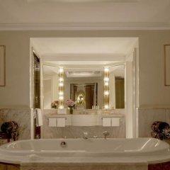 Отель Four Seasons Hotel Milano Италия, Милан - 2 отзыва об отеле, цены и фото номеров - забронировать отель Four Seasons Hotel Milano онлайн ванная фото 2