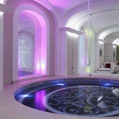 Hotel Plaza Athenee бассейн