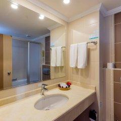 Holiday Garden Hotel Alanya Турция, Окурджалар - отзывы, цены и фото номеров - забронировать отель Holiday Garden Hotel Alanya онлайн ванная