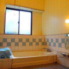 Отель Guesthouse Fujizakura Яманакако ванная