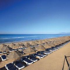Отель Marriott's Marbella Beach Resort пляж фото 2